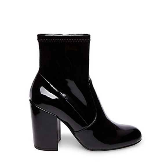 5f360c54d0a Steve Madden Gaze Patent Leather Ankle Boots NWT